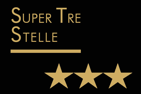 """Super Tre Stelle, Grandi Esordi e Migliori Assaggi: ecco i """"capolavori liquidi"""" della Guida Veronelli 2019"""